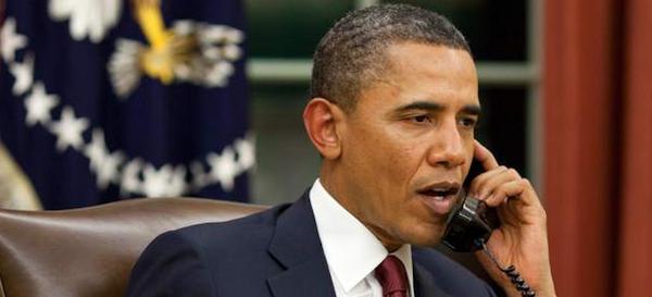 Obama habla por telefono