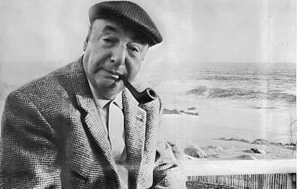 Poeta chileno Pablo Neruda, Premio Nobel de Literatura. Foto de Archivo, La República.