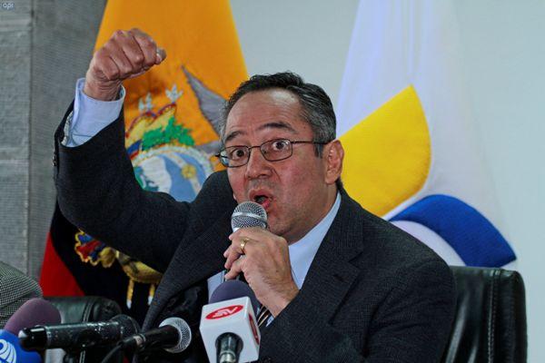 Augusto Espinosa, ministro de Educación. Foto de Archivo, La República.
