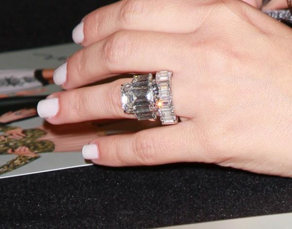 El anillo de Bodas de Kim