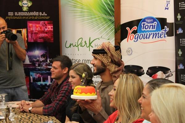 Omar con cake