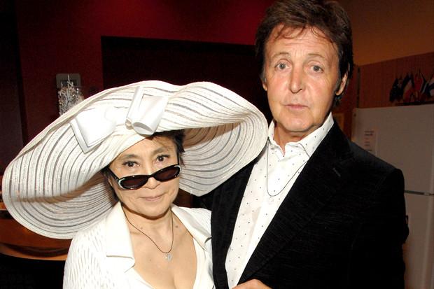 Paul y Yoko