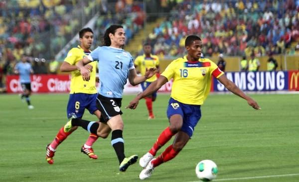 Foto de archivo. Quito 11 de octubre 2013. 17ma fecha de eliminatorias del mundial Brasil 2014. Ecuador vs Uruguay/ APIFOTO.