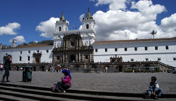 Plaza San Francisco, Quito. Foto de archivo