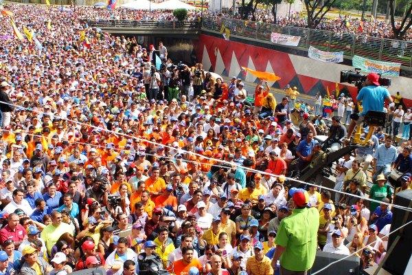 Capriles marcha nov