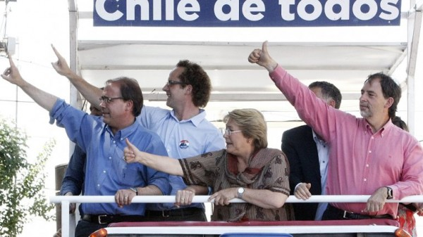 Recorrida de Michelle Bachelet por Conchalí y Renca, en las afueras de Santiago de Chile. La ex presidente es favorita para ganar en primera vuelta