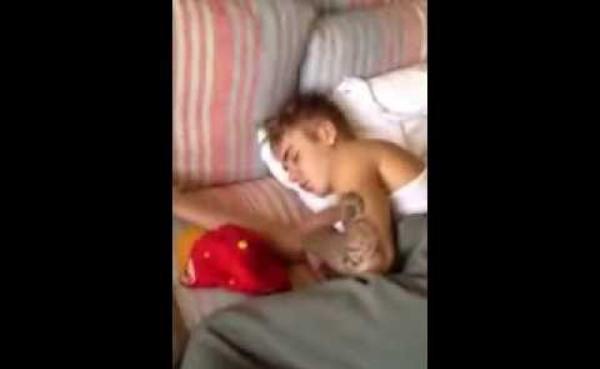 bieber duerme