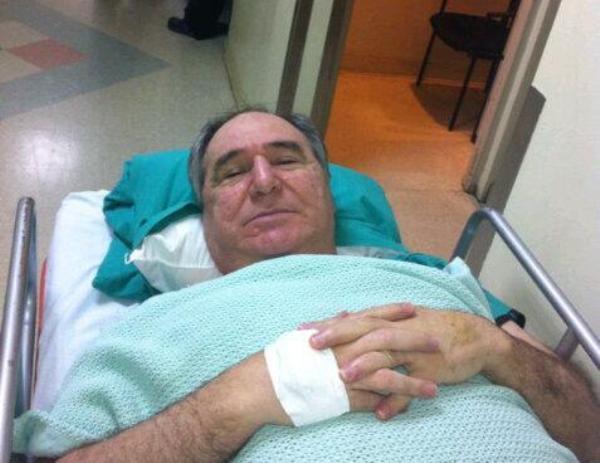 Abdalá Bucaram, en noviembre de 2015, en Panamá, cuando fue intervenido del corazón. Foto tuiteada por él mismo.