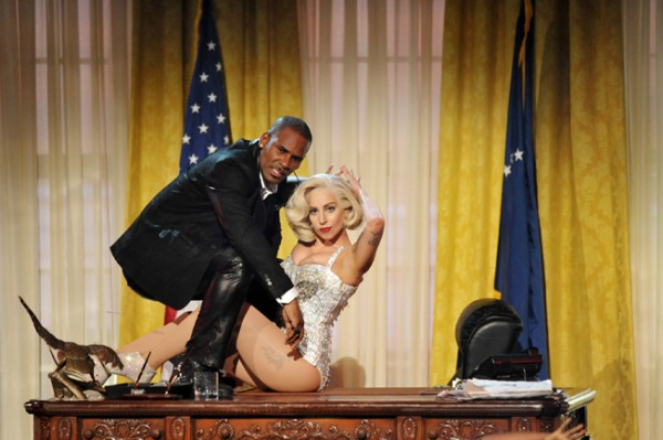 Lady Gaga y R. Kelly