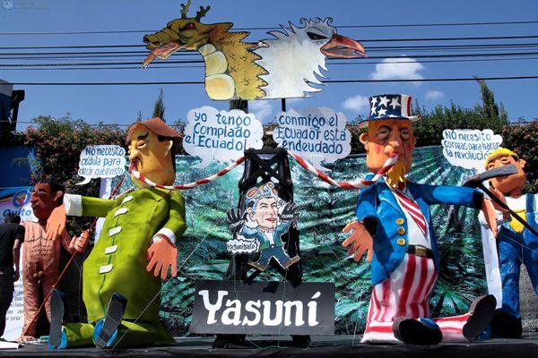 QUITO, Ecuador. El concurso de Años Viejos, al sur de Quito, no ha escapado a los temas políticos del 2013. La explotación del Yasuní ha sido uno. API/Juan Cevallos.