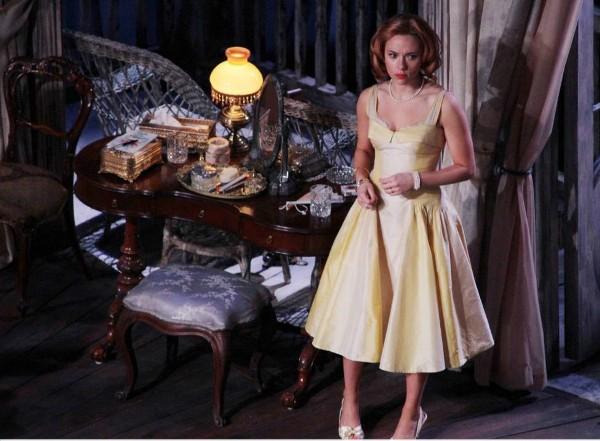 """Scarlett Johansson en """"La gata sobre el tejado de zinc"""""""
