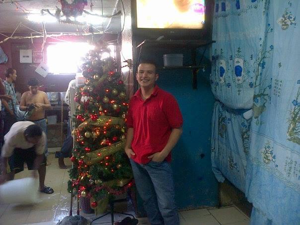 Meder Suche Mesías, en una foto publicada en su página de Facebook.