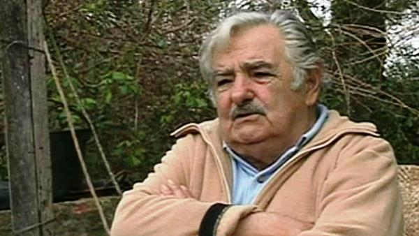 Jose Mujica patio