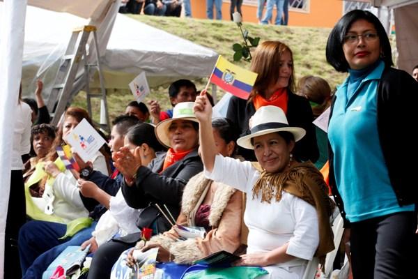 Quito, 12 may  2012  .- El Presidente de la República, Rafael Correa, en si informe semanal Enlace Ciudadano 271 desde  el  centro de desarrollo infantil Manuela Cañizares. Foto: Mauricio Muñoz E / Presidencia de la República.
