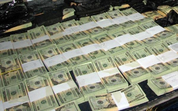 dolares falsos