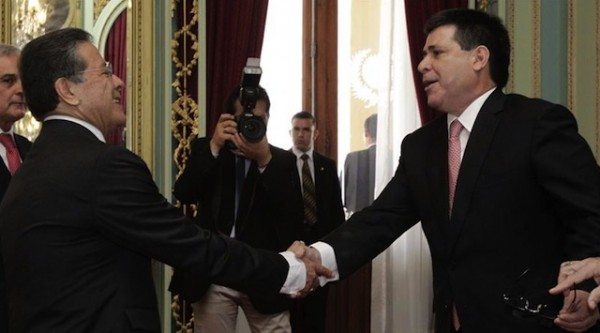 embajador ecuador paraguay