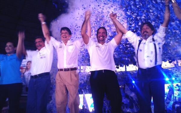 * En la foto, el excandidato presidenecial Guillermo Lasso, junto a los candidatos a prefectos de CREO: César Monge, por Guayas, y Rodrigo Gómez de la Torre, por Pichincha.
