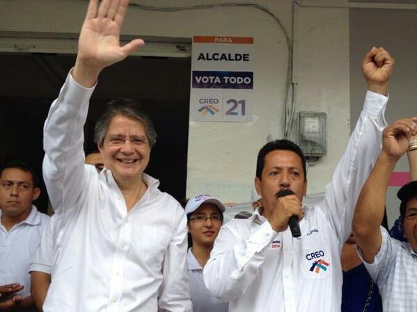 Con Ernesto Camacho, candidato a la alcaldía de Montalvo, por CREO.