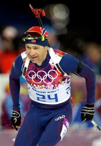 El noruego Ole Einar Bjoerndalen. (AP Foto/Lee Jin-man)