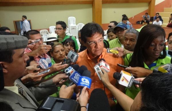 Carlos Luis Morales1