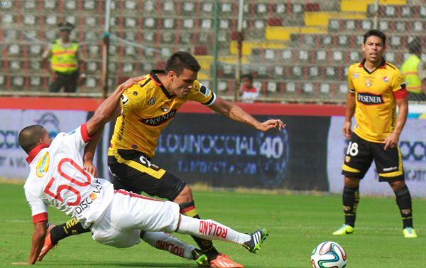 Guayaquil 9 de Febrero del 2014. Barcelona vs Liga de Quito. Marcos Pin / API