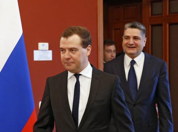 Dmitry Medvedev, Tigran Sargsyan