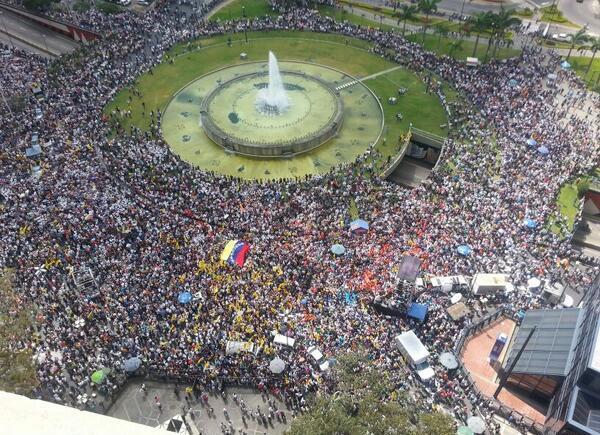 Plaza Venezuela, en el centro de Caracas, la mañana del miércoles 12 de febrero de 2014.