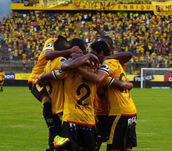 Guayaquil 16 de Marzo del 2014. Barcelona vs Deportivo Cuenca. Foto: Marcos Pin /API