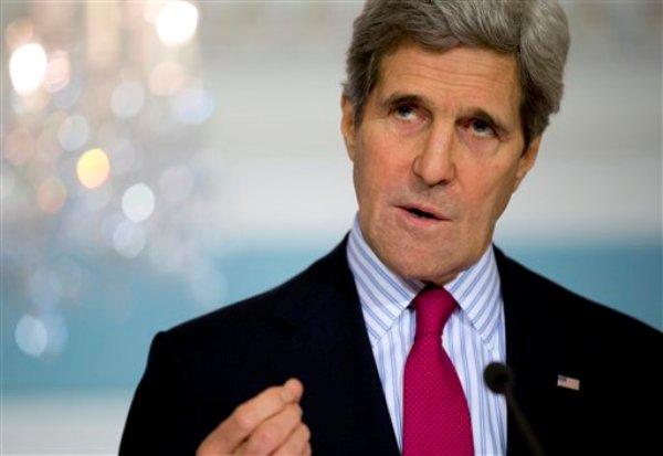El secretario de estado norteamericano John Kerry en el Departamento de Estado en Washington el viernes 28 de febrero del 2014. Kerry advirtió a Rusia que mantenga su compromiso de respetar la integridad territorial y soberanía de Ucrania. (AP Foto/Carolyn Kaster)