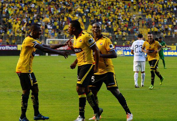 Guayaquil 30 de Marzo del 2014. Barcelona vs Universidad Catolica. Foto: Marcos Pin  / API