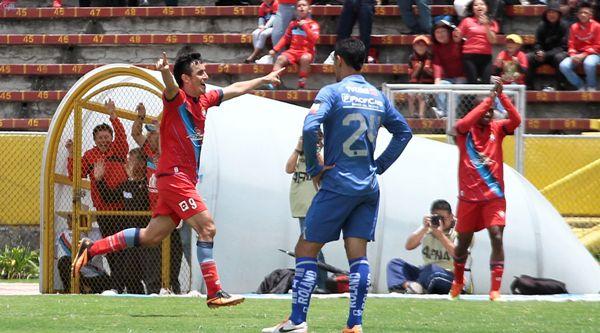 QUITO 30 DE MARZO DEL 2014.Nacional vs Emelec, En la Foto Pablo Palacio Celebra el gol. FOTOS API / JUAN CEVALLOS.