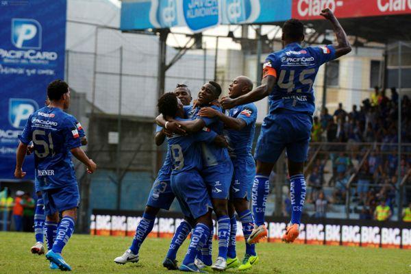 Guayaquil 23 de Marzo del 2014. Emelec vs Liga de Quito. Foto: Marcos Pin /API