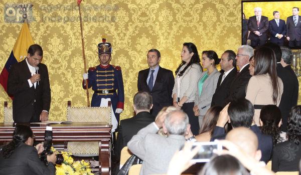 QUITO 31 DE MARZO DEL 2014. El Presidente de la República Rafael Correa realizó el acto de posecion de los nuevos ministros  FOTOS API / JUAN CEVALLOS.