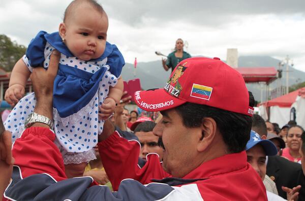 Foto tuiteada por Maduro la tarde del 2 de marzo de 2014.