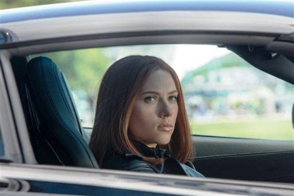 """La actriz Scarlett Johansson en una imagen de la película """"Captain America: The Winter Soldier"""", de Marvel. (Foto AP/Marvel-Disney)"""