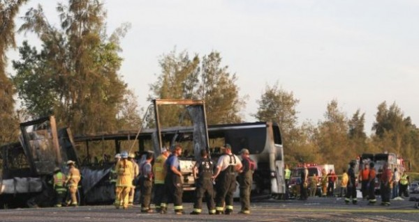 accidente fedex bus
