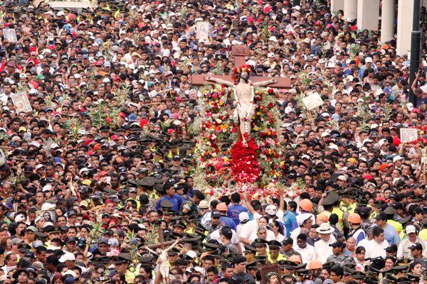 Procesiòn Cristo del Consuelo 2014/Jimmy Negrete Vera/18 Abril 2014 /Guayaquil-Ecuador/Expreso/