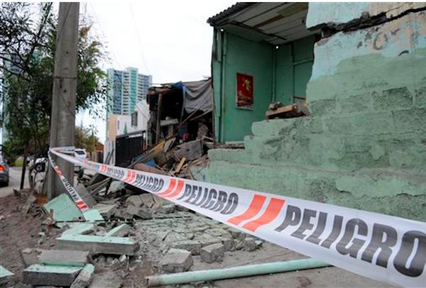 terremoto tres