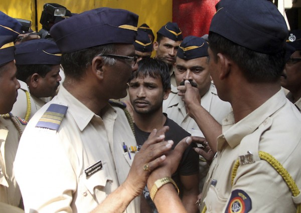 INDIA VIOLADORES