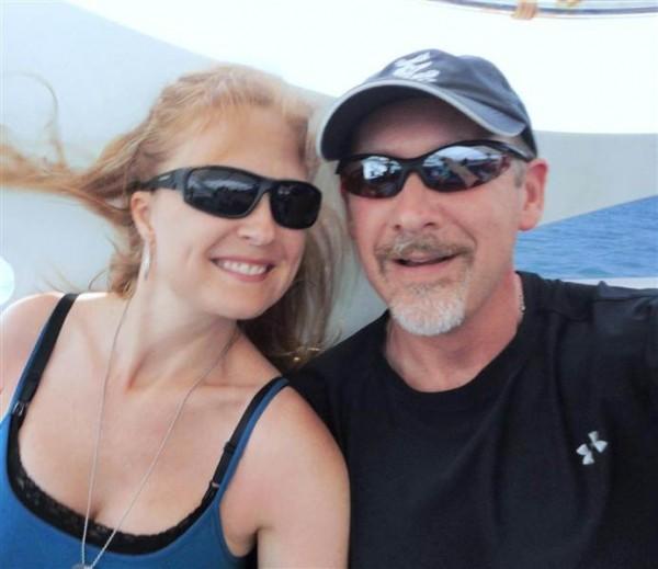 Sarah Bajc y su novio Philip Wood