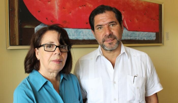 Patricia Estupinán, editora general de la revista Vistazo, y Eduardo Carmigniani, miembro del Consejo Editorial de LaRepública.