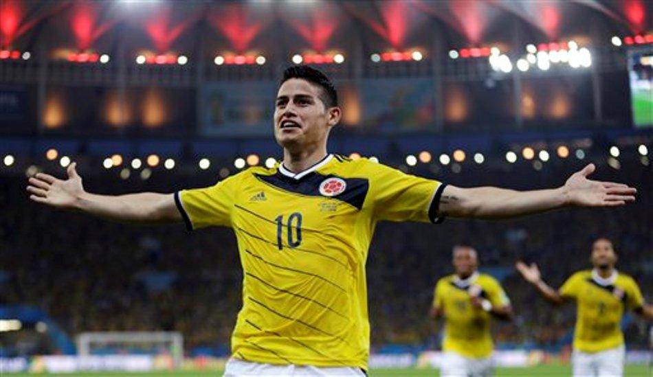El jugador de Colombia, James Rodríguez, festeja un gol contra Uruguay en los octavos de final del Mundial el sábado, 28 de junio de 2014, en Río de Janeiro. (AP Photo/Natacha Pisarenko)