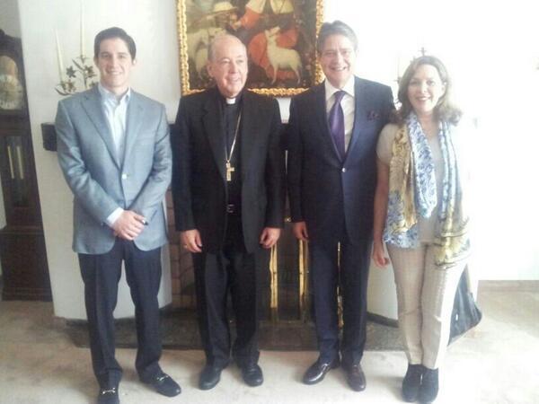 Guillermo Lasso, recibido por el Cardenal Juan Luis Cipriani.
