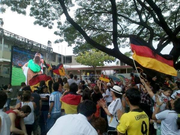 Colegio aleman celebra