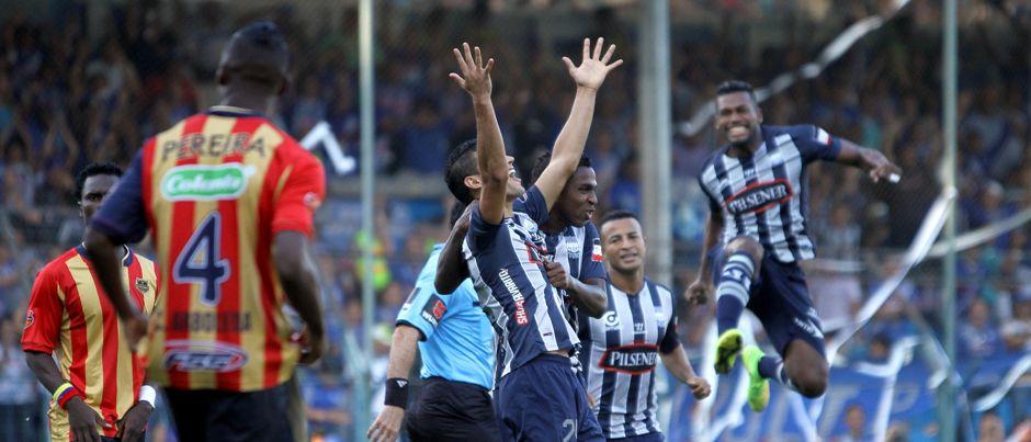 Guayaquil, martes 26 de agosto del 2014 Emelec enfrenta al Aguilas Doradas de colombia por la copa Sudamericana Foto:API/Duham