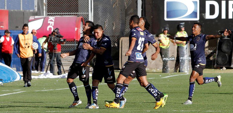 SANGOLQUI 31 DE AGOSTO DE 2014, En el estadio Rumiñahui Independiente del Valle recibe al Emelec FOTO API/JAVIER CAZAR