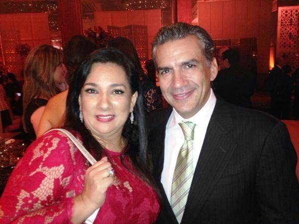 Tania Tinoco y Ricardo Vásquez, Gerente General de Ecuavisa.