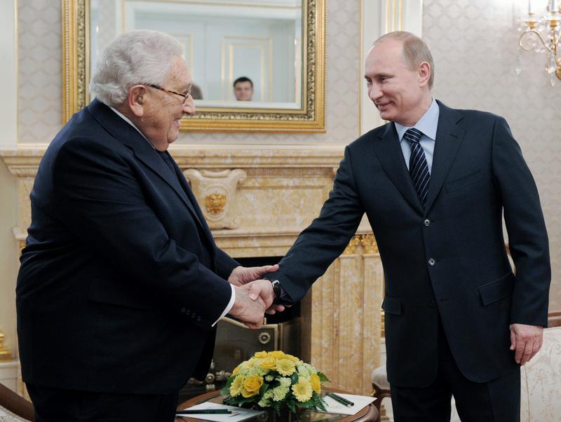 Henry Kissinger y Vladimir Putin