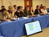 Miembros de las organizaciones sociales y pueblos indígenas que fueron a la CIDH a denunciar anomalías en Ecuador. Cortesía Diario El Universo