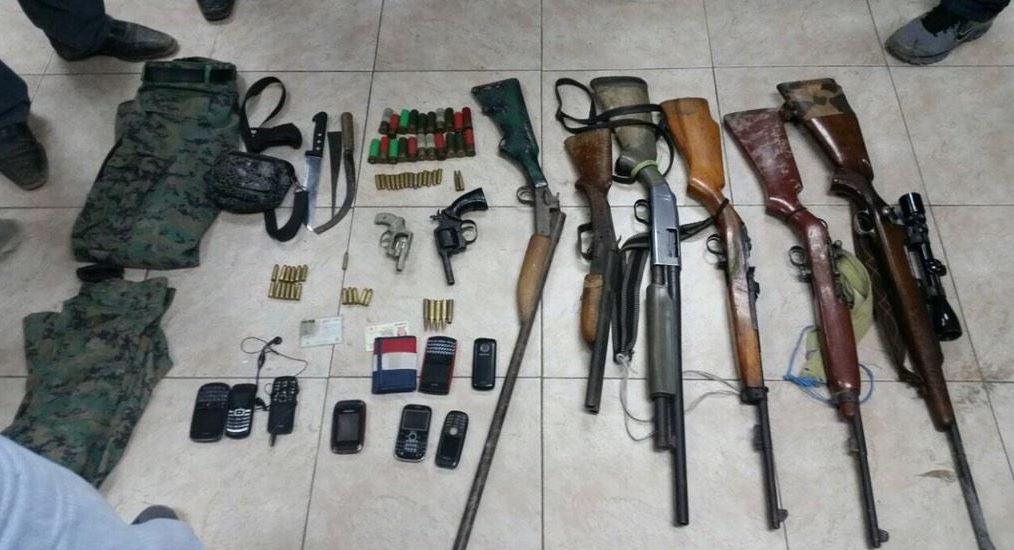 Descubren armamento y municiones en vivienda de guayaquil for Ministerio del interior en guayaquil